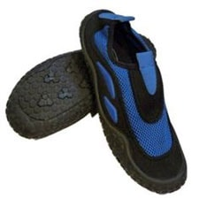 Water shoes to prevent foot injuries