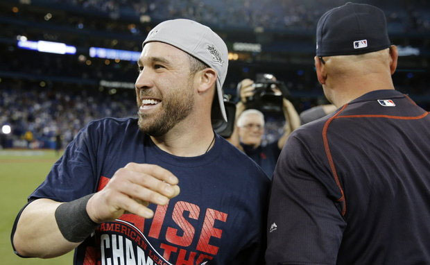 Cleveland Indians' Jason Kipnis Sprains Ankle During AL Pennant Celebration