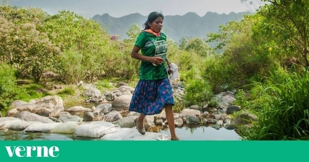 Mexican Woman, Ultra Marathoner and Goat Herder Wins 50Km Mountain Race in Sandals: Leaves 500 Others in Her Wake
