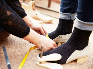 13 expert shoe fitting tips from our podiatrists