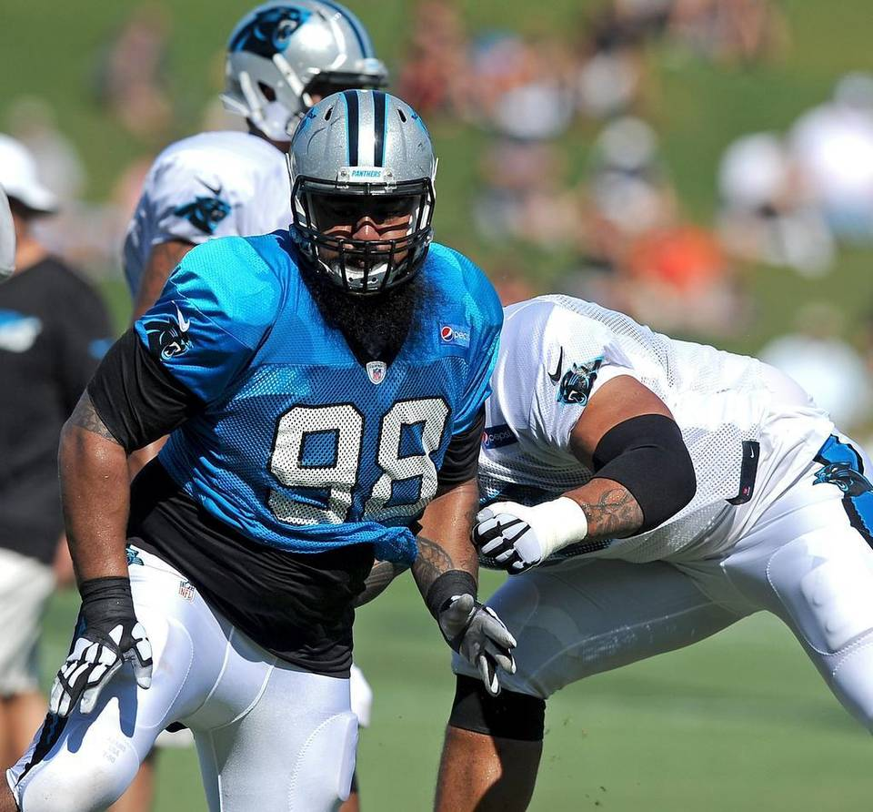 carolina-panther-star-lotulelei